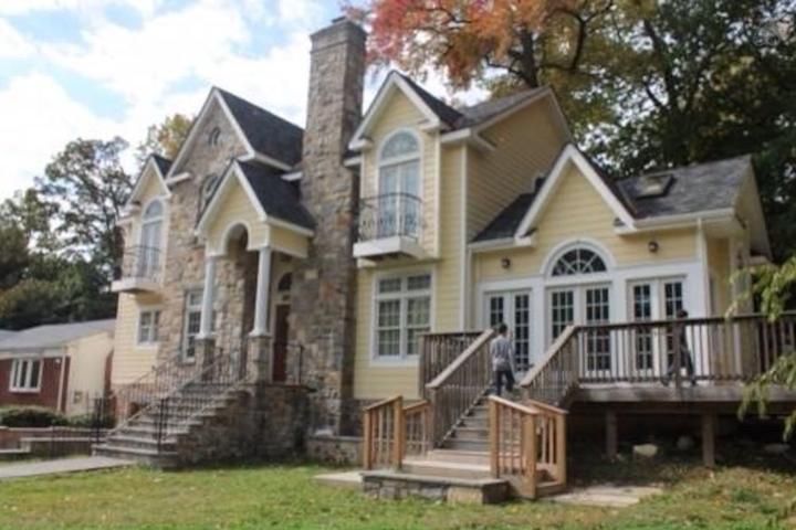 Pet Friendly South Nyack Airbnb Rentals