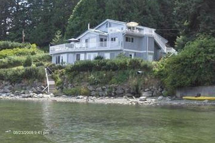 Pet Friendly Beach House Salt Spring