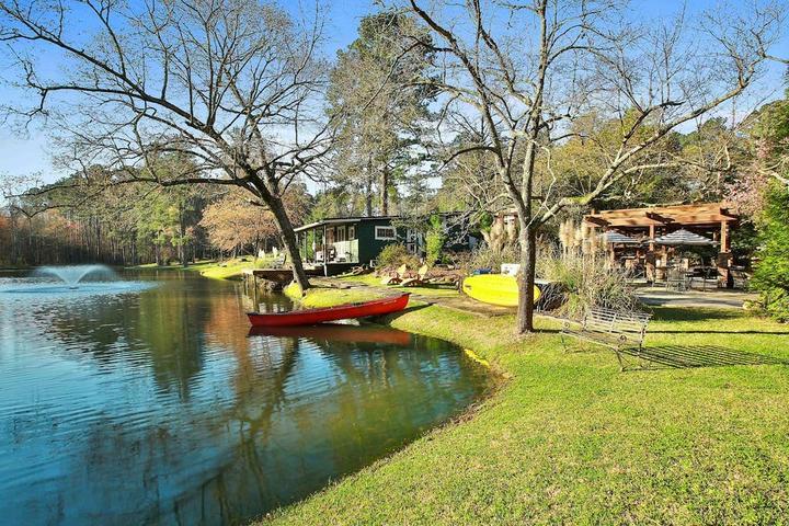 Pet Friendly Tyrone Airbnb Rentals