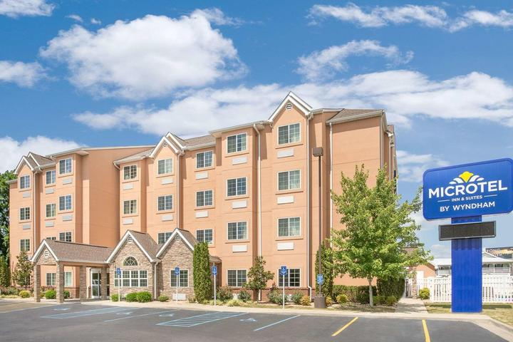 Pet Friendly Microtel Inn and Suites by Wyndham Tuscumbia