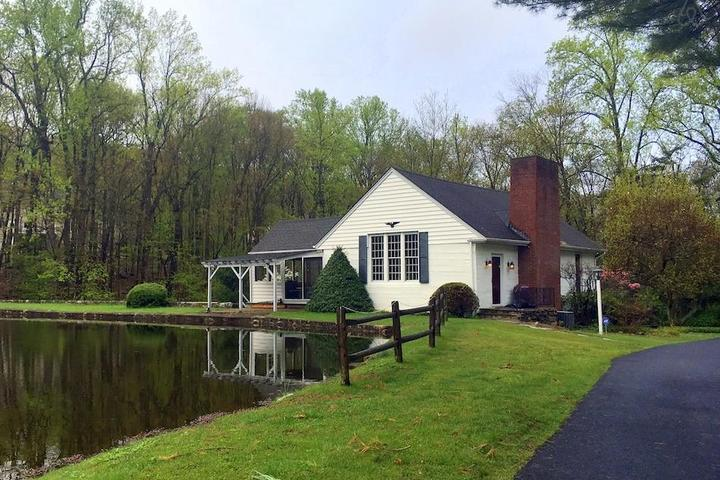Pet Friendly Riverdale Airbnb Rentals