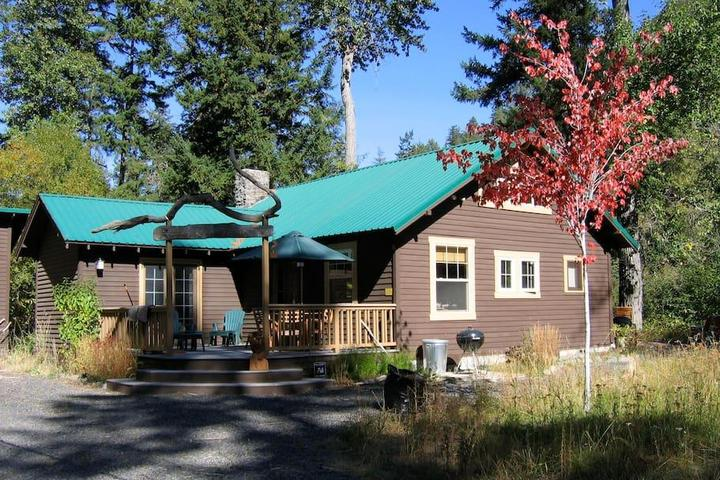 Pet Friendly Naches Airbnb Rentals