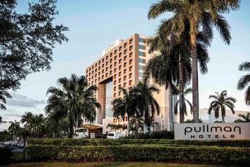 Pet Friendly Pullman Miami Airport Hotel