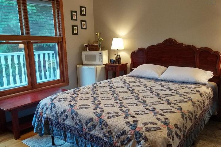 Pet Friendly Centerville Airbnb Rentals