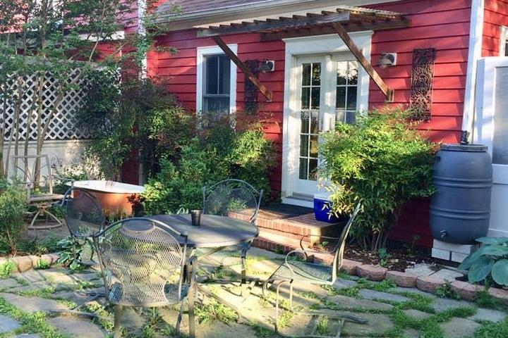 Pet Friendly Hurlock Airbnb Rentals