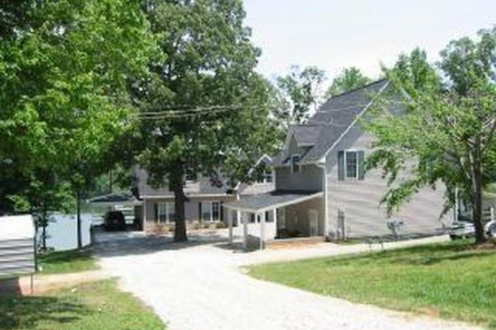 Pet Friendly Beaverdam Creek House