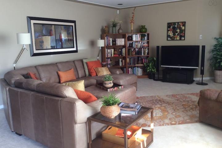 Pet Friendly Peachland Airbnb Rentals