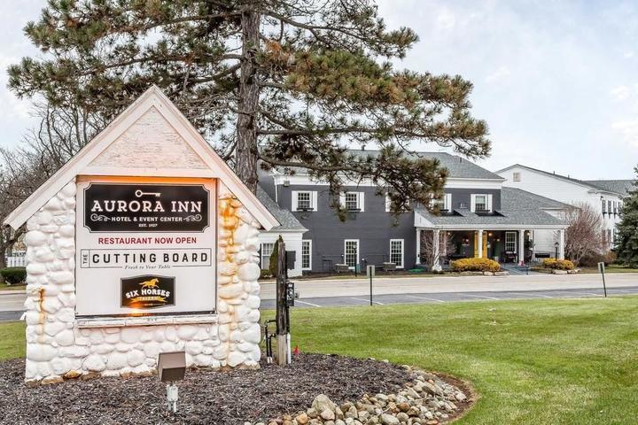 Pet Friendly Aurora Inn Hotel and Event Center