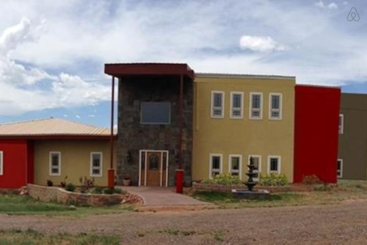Pet Friendly Laramie Airbnb Rentals