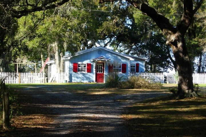 Brilliant Pet Friendly Vacation Rentals In Gulf Shores Al Bring Fido Complete Home Design Collection Barbaintelli Responsecom