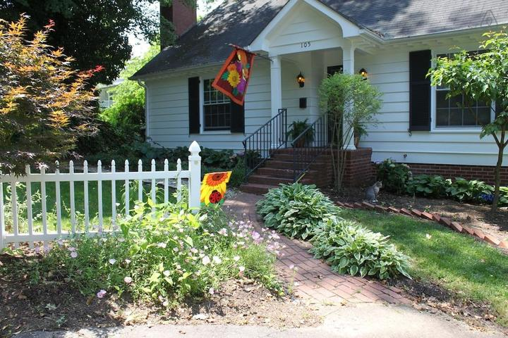 Pet Friendly Yadkinville Airbnb Rentals