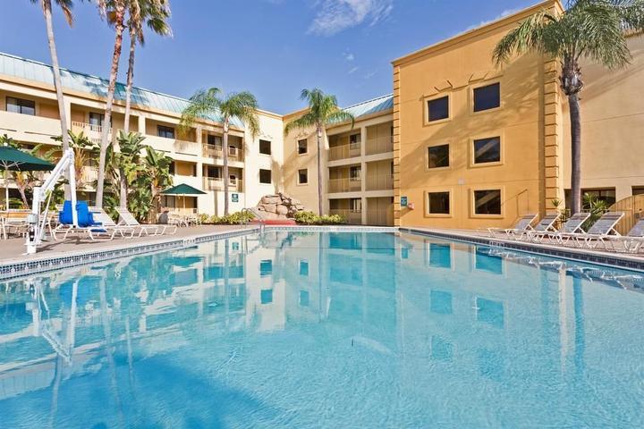 Hotels In Tampa >> Pet Friendly Hotels In Tampa Fl Bring Fido
