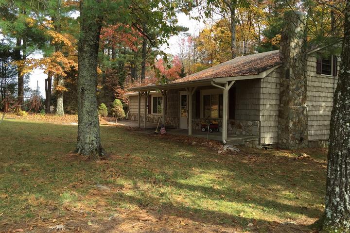Pet Friendly Glade Valley Airbnb Rentals