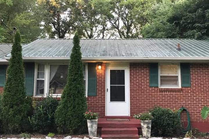 Pet Friendly Murfreesboro Airbnb Rentals