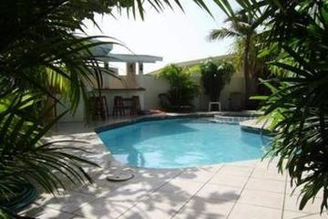 Pet Friendly Palm Beach Vacation Villa