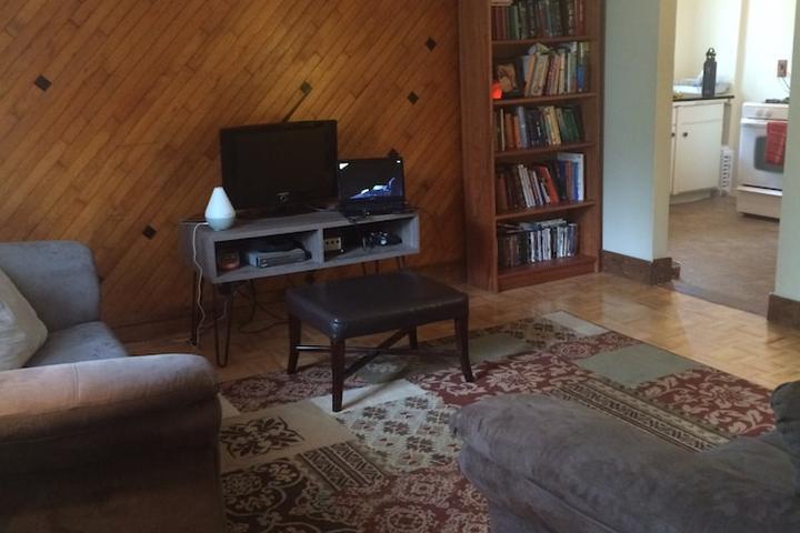 Pet Friendly Farmington Airbnb Rentals