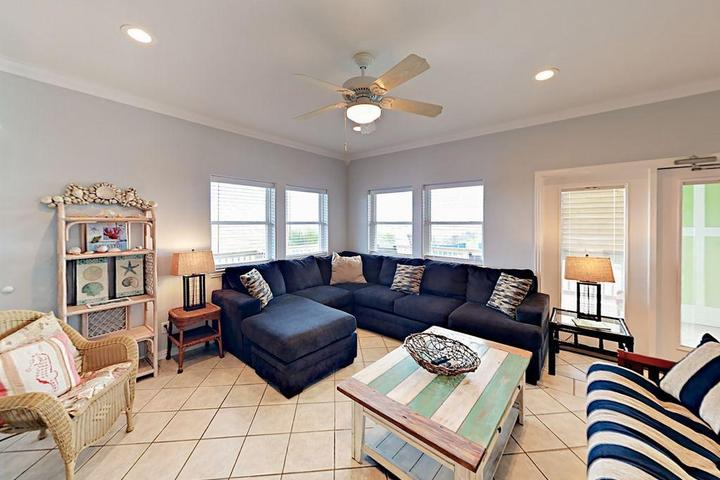Pet Friendly Gulf Breezes Unit B