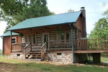 Pet Friendly Pinnacle Airbnb Rentals