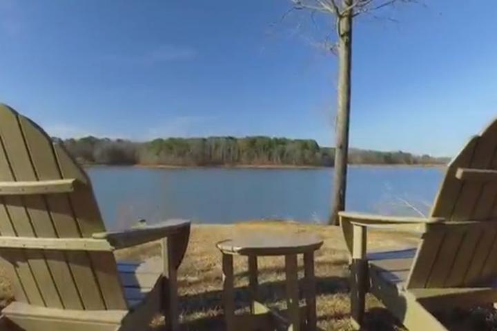 Pet Friendly Kerr Lake Retreat
