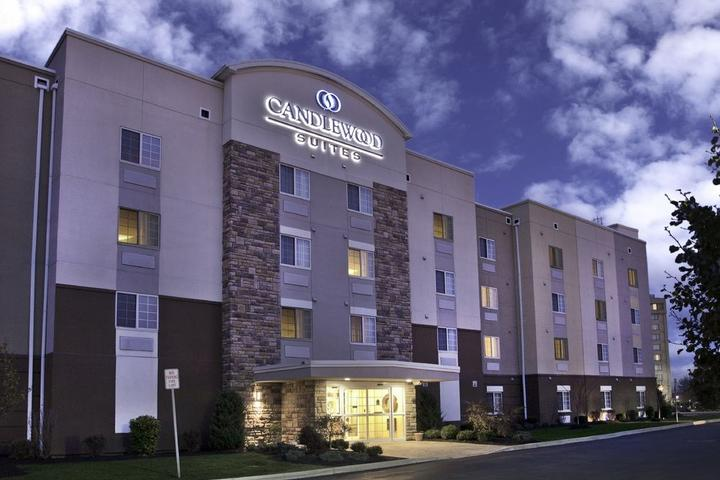 Pet Friendly Candlewood Suites Buffalo Amherst