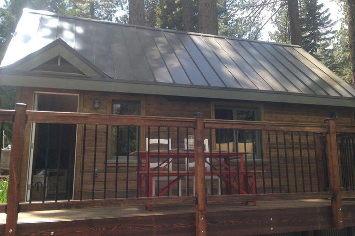 Pet Friendly Cabin in the Woods