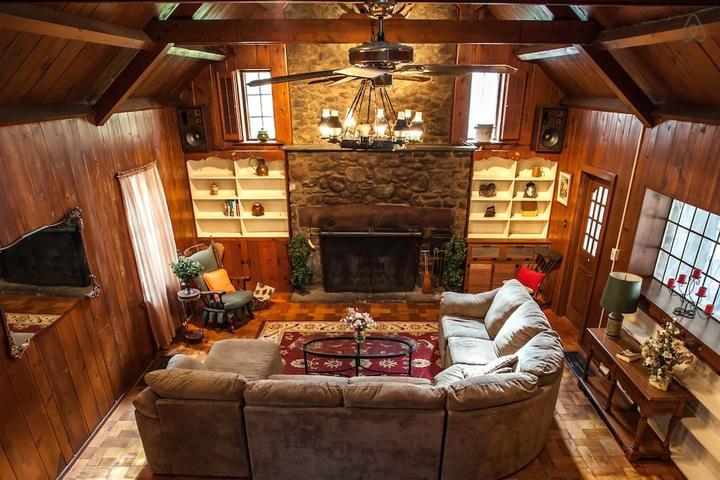 Pet Friendly Quakertown Airbnb Rentals