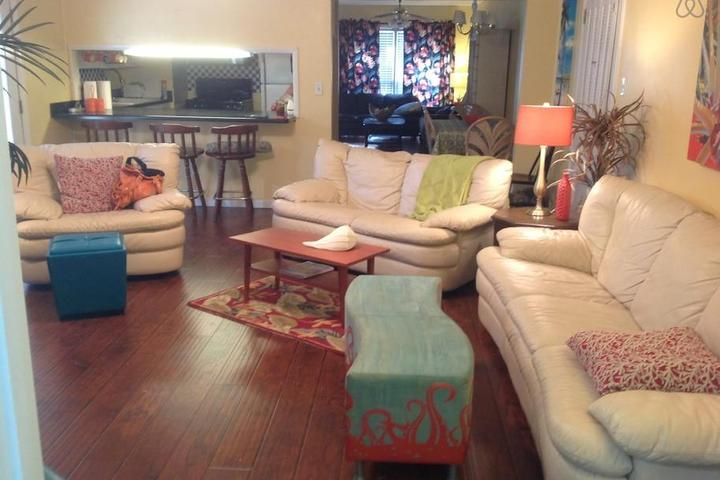Pet Friendly Stapleton Airbnb Rentals