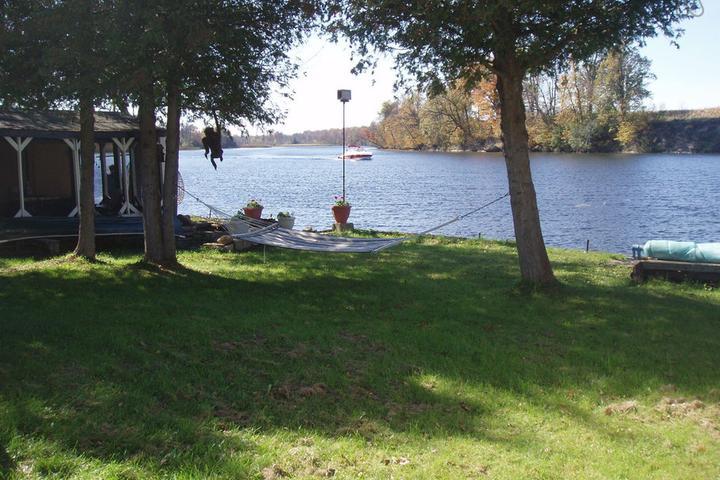Pet Friendly Merrickville Airbnb Rentals