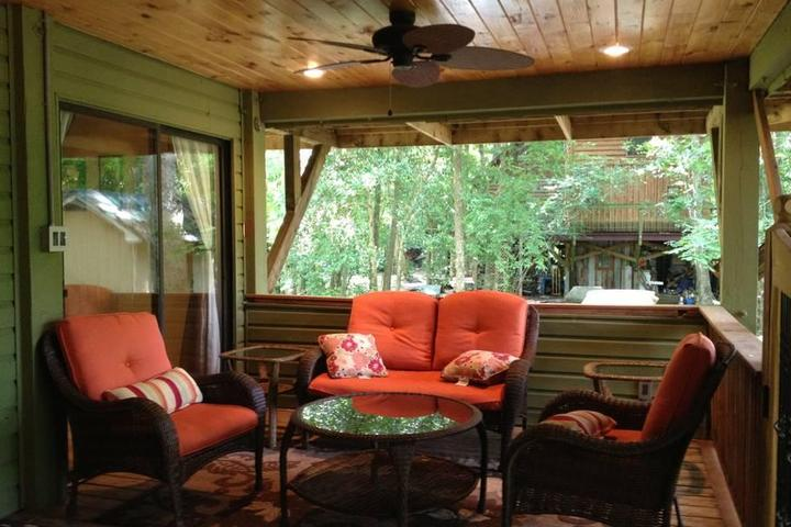 Pet Friendly Lumberton Airbnb Rentals