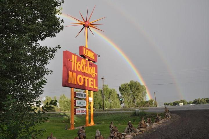 Pet Friendly Long Holiday Motel