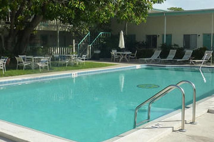 Pet Friendly Malibu Resort Motel