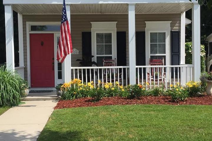 Pet Friendly Huger Airbnb Rentals