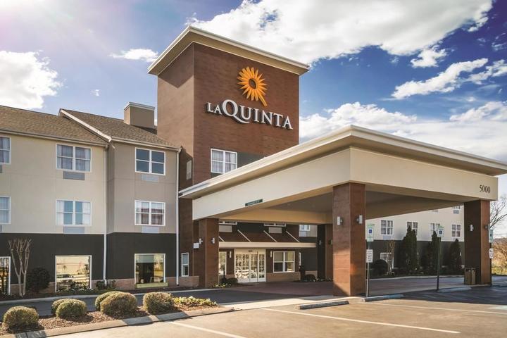 Pet Friendly La Quinta Inn & Suites Chattanooga North Hixson