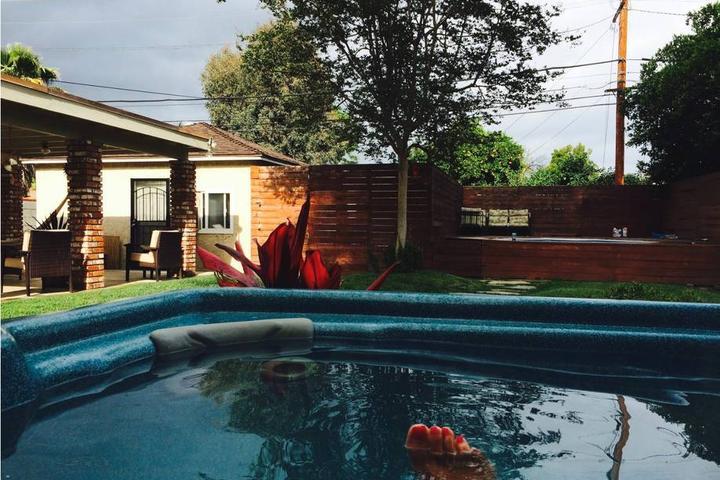 Pet Friendly Reseda Airbnb Rentals