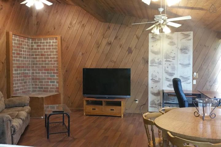 Pet Friendly Lake Milton Airbnb Rentals