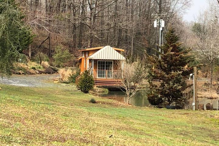 Pet Friendly Valdese Airbnb Rentals