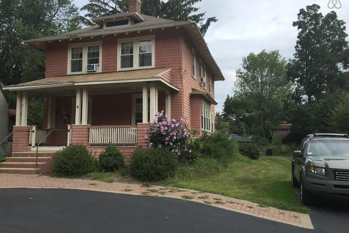 Pet Friendly Worcester Airbnb Rentals