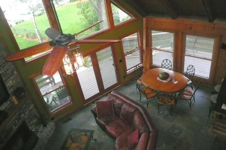 Pet Friendly Lake Home for Family Gathering