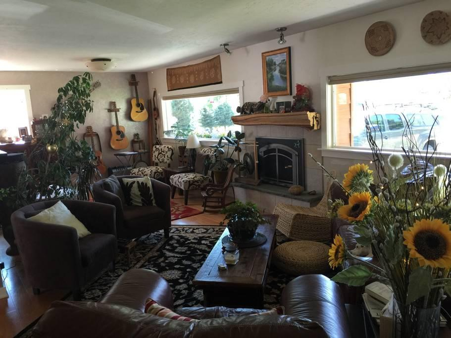 Pet friendly lodging glenwood springs colorado