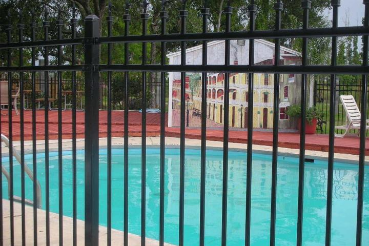 Pet Friendly New Orleans East Kampground