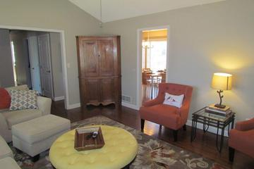 Pet Friendly 3-Bedroom House with Large Deck
