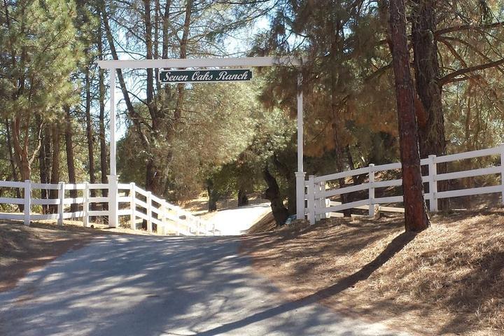 Pet Friendly Seven Oaks Ranch
