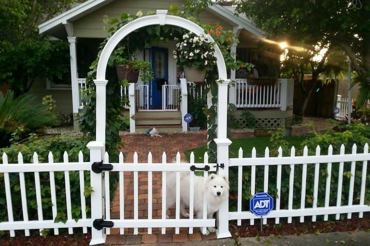 Pet Friendly South Pasadena Airbnb Rentals