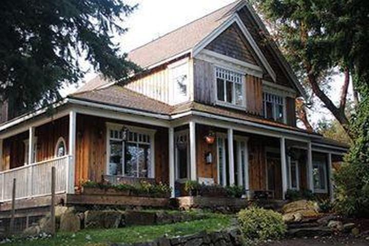 Pet Friendly Quarrystone House Bed and Breakfast