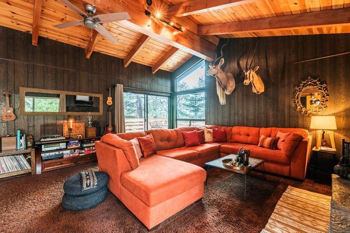 Pet Friendly Rimforest Airbnb Rentals