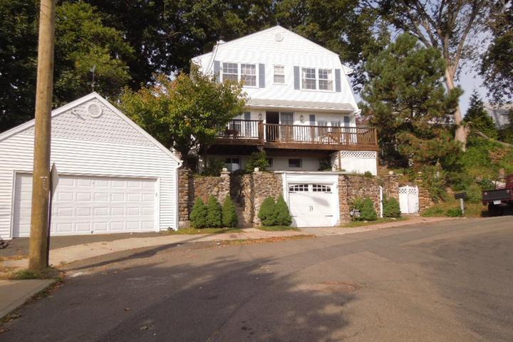 Pet Friendly West Haven Airbnb Rentals