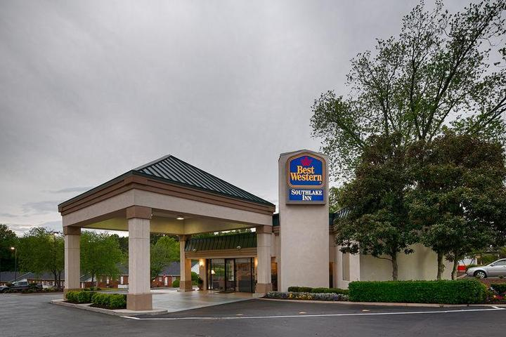 Pet Friendly Best Western Southlake Inn