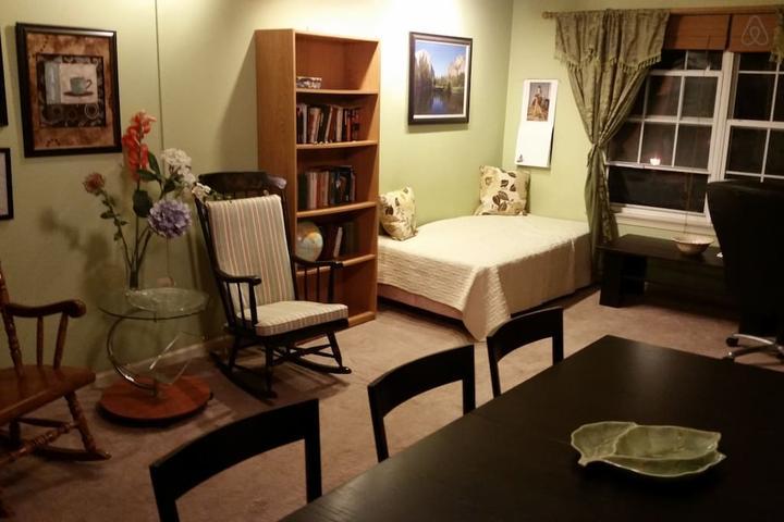 Pet Friendly Robbinsville Airbnb Rentals