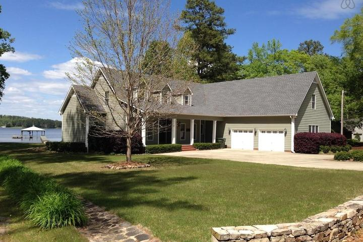 Pet Friendly Fort Payne Airbnb Rentals