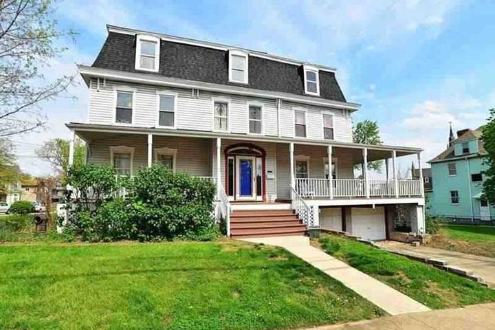 Pet Friendly West Homestead Airbnb Rentals